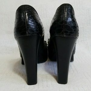 Elaine Turner Shoes - Elaine Turner Croc Embossed Black Leather Heels 10